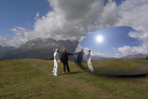 Capsule-Alps-futuristic2